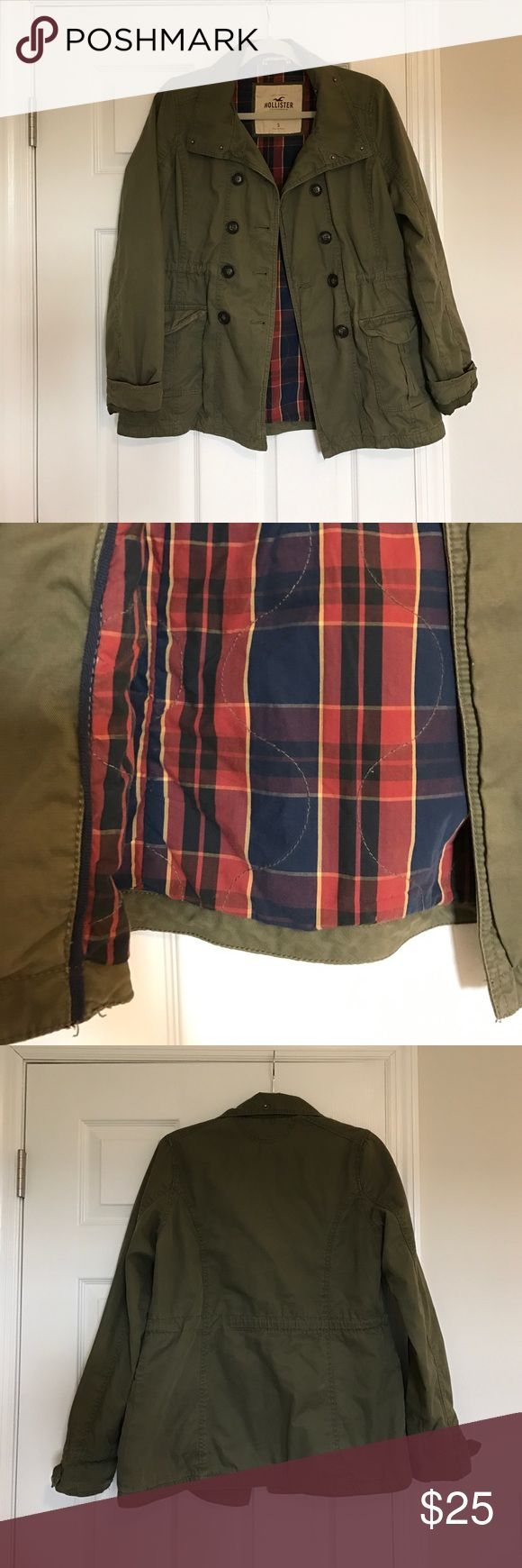 Hollister utility olive green jacket Hollister olive green jacket with a cute plaid design on the inner part of the jacket! Hollister Jackets & Coats Utility Jackets