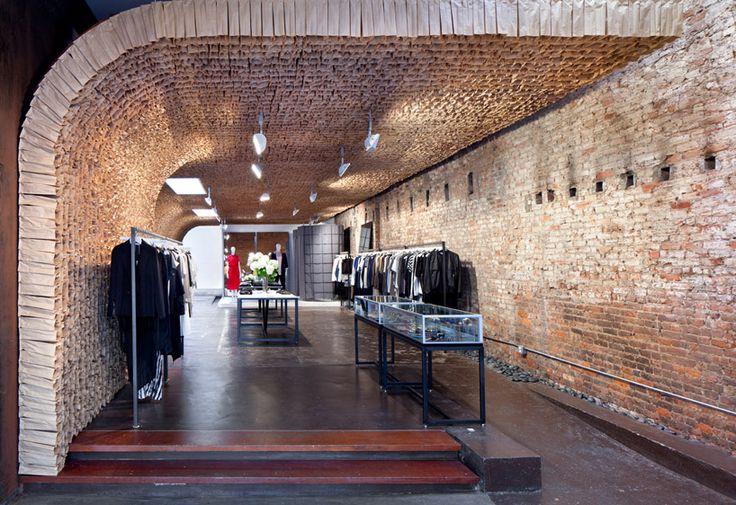 tacklebox: OWEN store interior composed of 25,000 brown paper bags: Paper Bags Wall, Shop, Brown Paper Bags, 25000, Stores Design, Lunches Bags, Interiors Design, New York, Stores Interiors