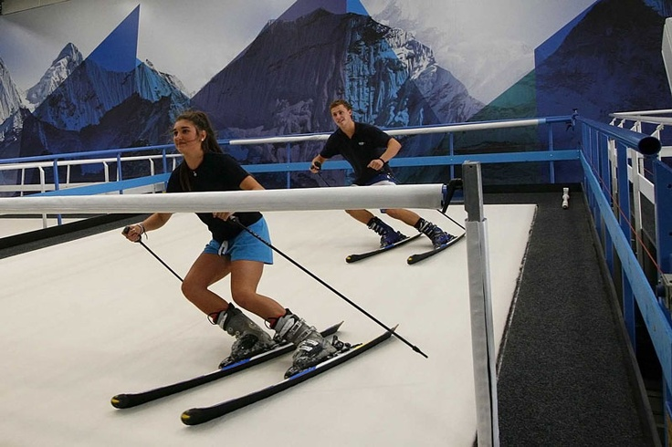 Did you know you can learn to ski in Melbourne??? It's at Gallery SkiCity