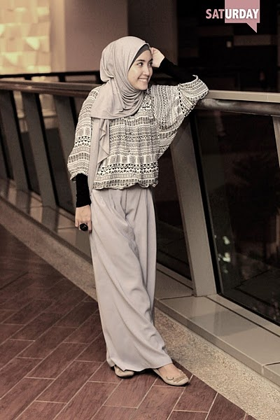 Cute Hijab outfit! Love the colour combo, and the relaxed look about it. Nice for a morning of shopping, and a lunch at a cafe!