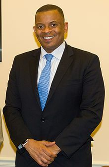 U.S. Secretary of Transportation nominee and current Charlotte Mayor Anthony Foxx The city's youngest mayor and only second African American to hold the office. Davidson Class of 1993