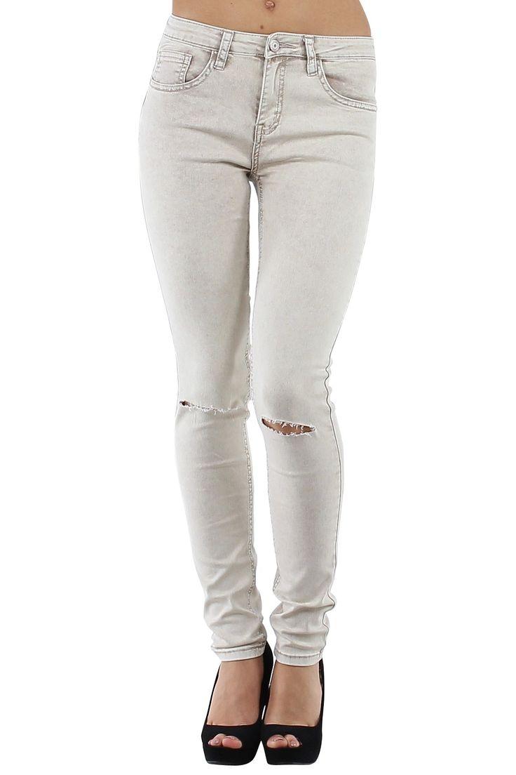 Pantalón vaquero de mujer Jeans muy ajustados con rotos en ambas rodillas Beige Condición:  Nuevo Composición 68% algodón, 30% poliéster, 2% elastano Categoría Pantalones Jeans Paquetes 10 unidades Los paquetes de cada color Tamaño : 34 (XS), 36 (S), 38 (M), 40 (L), 42 (XL) De color Beige  mayoristas de ropa pantalones vaqueros al por mayor: http://intueriecommerce.com/es/