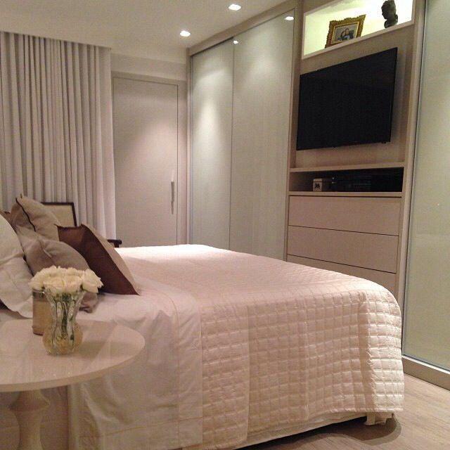 25 melhores ideias de guarda roupa com tv no pinterest for Ver dormitorios decorados