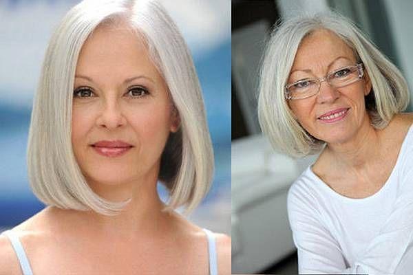 A szépség és az elegancia 50 év felett is lehetséges. Azonban nem elég a tökéletes smink, fontos a megfelelő frizura is ahhoz, hogy egy hölgy jól érezhesse magát a bőrében. Most megmutatjuk melyek a legdivatosabb frizurák a középkorú nők számára. A legideálisabb hajhossz A stylist-ok azt javasolj...