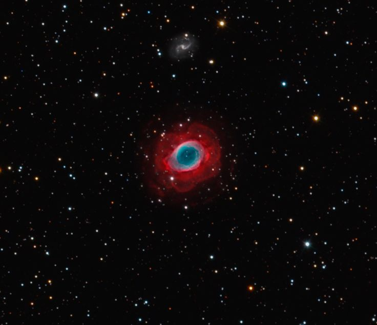 The Ring Nebula in Lyra lies 2.300 light years from Earth. It is estimated to have been expanding for about 1600 years.