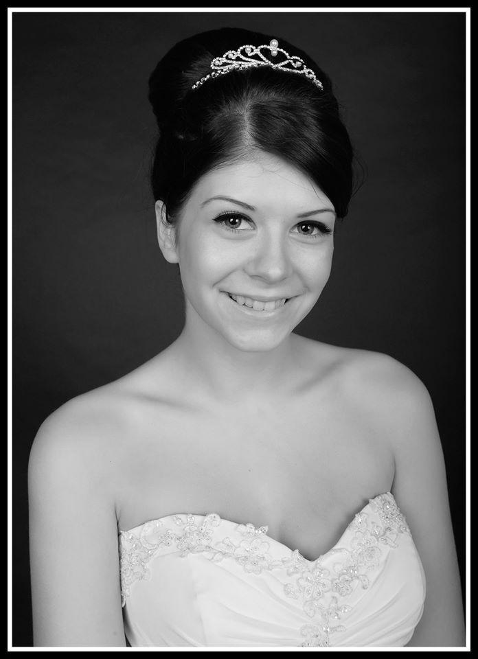 #bridalhair #photoshoot #promhairstyles #brunette #tiara #hair #hairdressing #bun