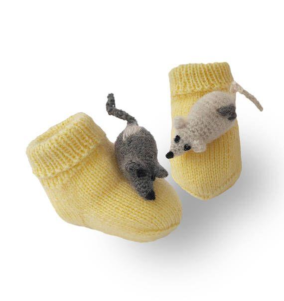 Baby socks Knitted booties Fun Mice socks Baby shower gift