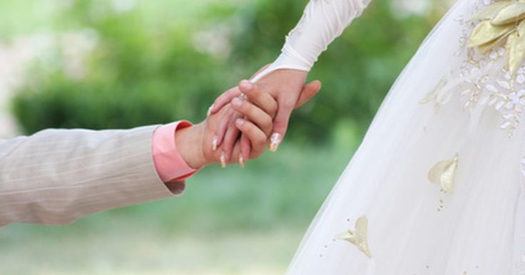 ¿Qué se requiere para una licencia de matrimonio en Maryland?. Uno de los últimos y pasos más importantes para sellar el compromiso es solicitar la licencia de matrimonio. En Maryland, los requisitos son sencillos y el proceso es bastante simple. Puedes recibir la licencia el mismo día que la solicitas. Aunque la licencia de matrimonio es válida durante seis meses, tienes que esperar al menos 48 horas para ...
