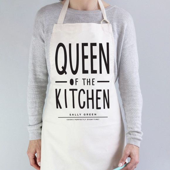 Queen of the kitchen personalised apron | hardtofind.