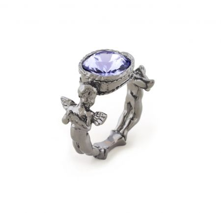 Mini Cherub Praying Ring (ruthenium)