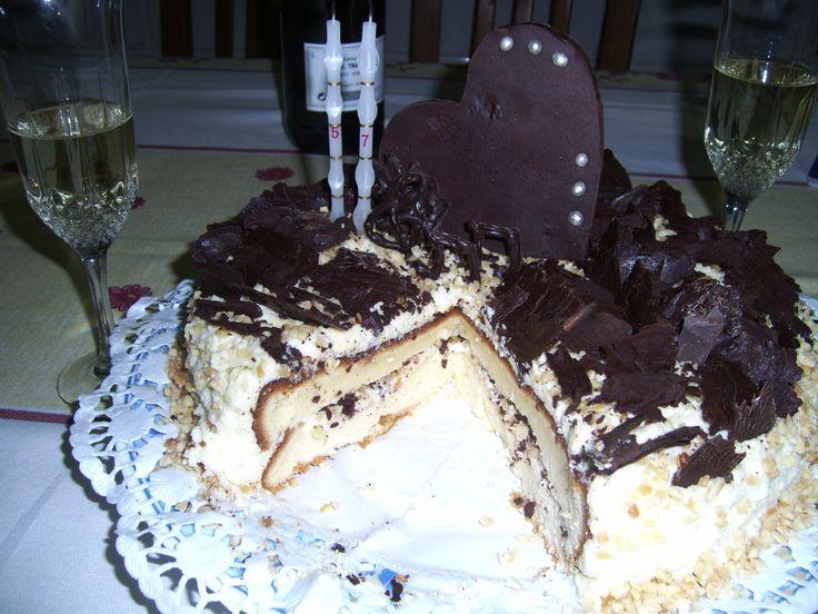 Bolo de mascarpone e chocolate  - Aniversário do Roger