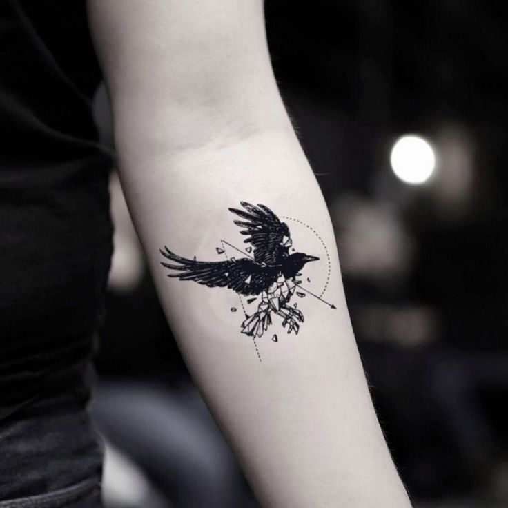 45+ Coolest Small Tattoo for Men Meaningful | Kleine