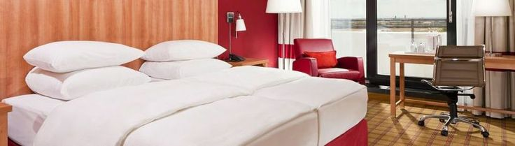 Standard room of the Four Points by Sheraton Munich Central. #FourPoints #Munich #Hotel