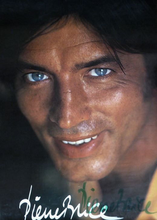Pierre Brice postcard | PIERRE BRICE - WINNETOU | Celebrities