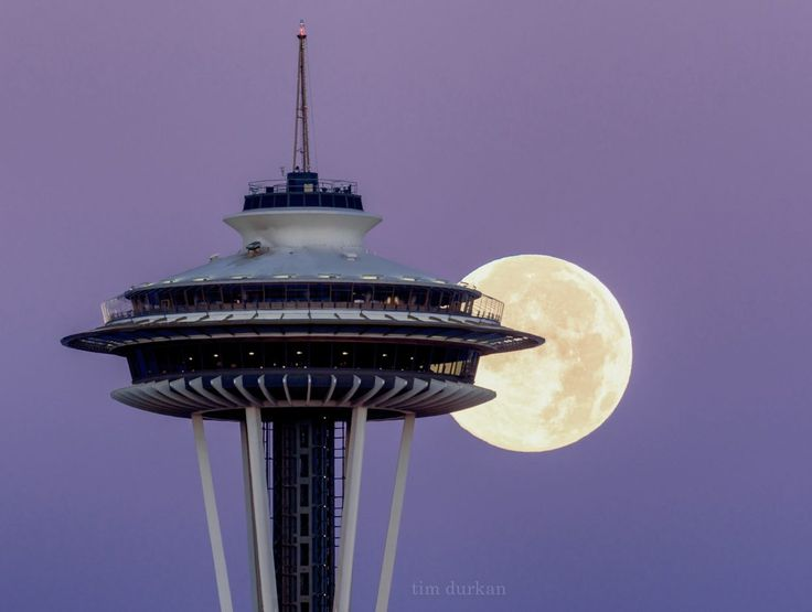 Luna şi Acul Spaţial 6 - Seattle, statul Washington, SUA