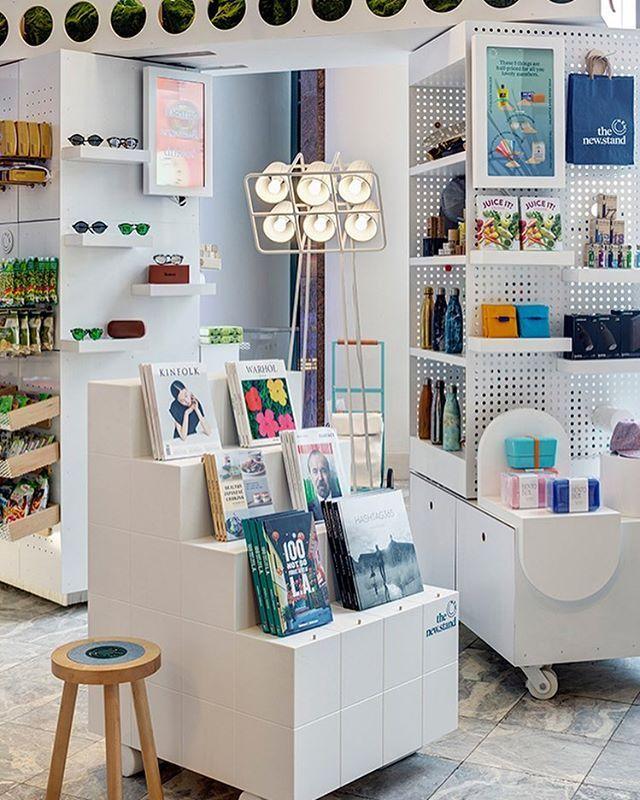 東京の売店がインスピレーション、NY発の「組み合わせ型シェルフ」 | ROOMIE(ルーミー)