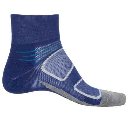 Feetures Elite Light Merino Wool Socks - Discontinued, Quarter Crew (For Women) in Navy/Reflector - Closeouts