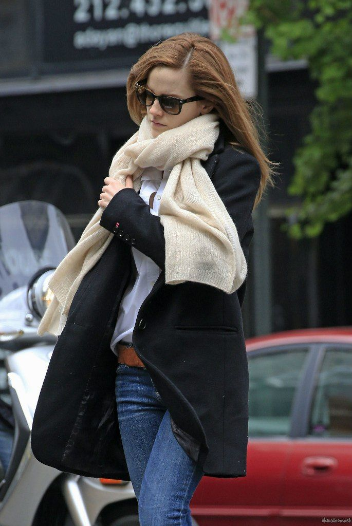Emma Watson and boyfriend Matthew Janney head out for breakfast on the Upper East Side in New York City on May, 23