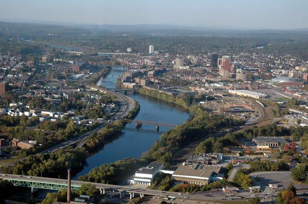 Living In Manchester Nh : Merrimack River running through Manchester, NH  New ...