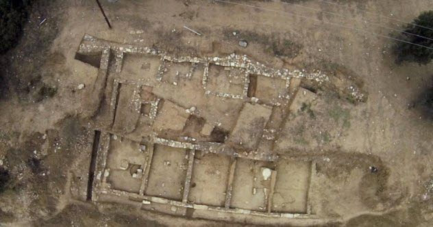 Prime 10 Uncommon And Giant Greek Archaeological Discoveries