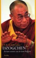 Dzogchen - Dalai Lama - 9789056700676 - € 14,95 - de Hart-Essentie van de Grote Perfectie.  Dit boek bundelt een aantal historische voordrachten van Zijne Heiligheid de Dalai Lama. Het onderwerp is dzogchen, de 'hart-essentie' van de oude nyingmatraditie van het Tibetaans boeddhisme. LEES VERDER OF BESTEL BIJ TOPBOOKS VIA : http://www.bol.com/nl/p/dzogchen/1001004001573153/prijsoverzicht/?filter=new