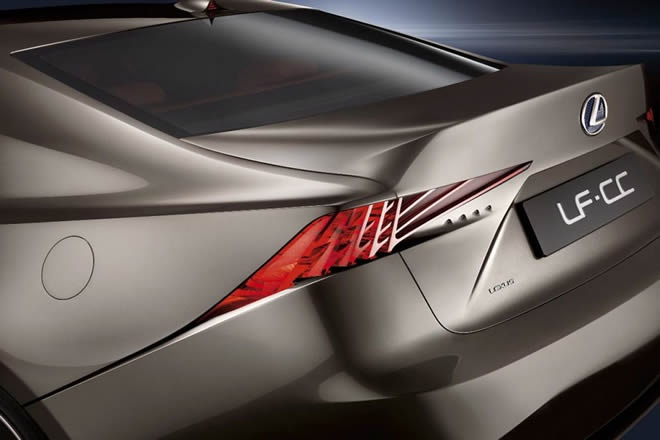 2013 Lexus IS will be presented in Detroit Motor Show with a clear inspiration LF-CC