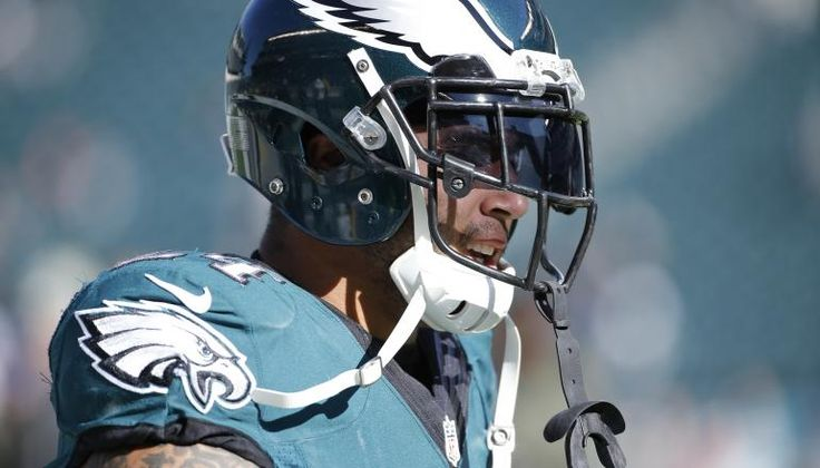 NFL Philly Trade Rumors: Philadelphia Eagles looking for an inside linebacker Either free agent or mediocre value LB