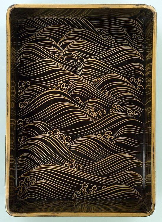 annajungdesign: 八橋蒔絵螺鈿硯箱(やつはしまきえらでんすずりばこ)-Japanese Lacquer