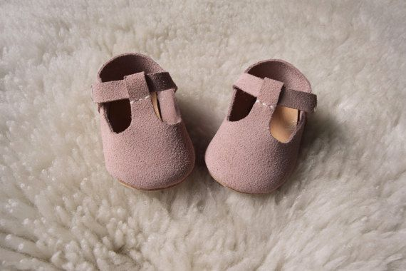 Baby Girl Shoes, Pink Baby Moccasins, Leather T Strap Mary Jane, Infant Crib Shoes, Baby Booties, Baby Girl Gift, Newborn Crib Shoes
