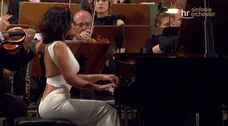 Khatia Buniatishvili plays Robert Schumann's Piano Concerto in A minor, Op. 54. Frankfurt Radio Symphony Orchestra conducted by Paavo Järvi.