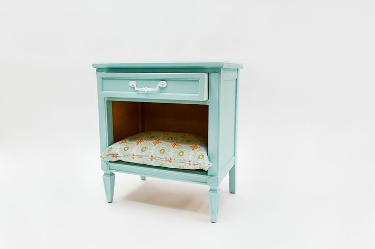 Transform your nightstand into your pet's new favorite napping nooks, by @amyhowardhome!