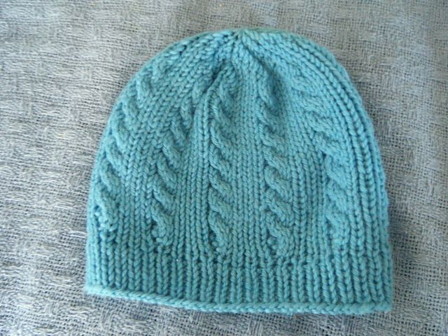 Cleckheaton Knitting Patterns Free : 1000+ images about Hats, beanies & caps on Pinterest Cable, Drops desig...