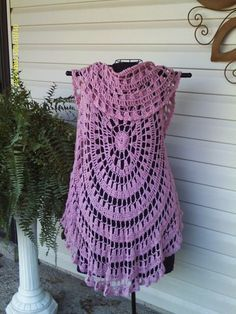 free pattern crochet circle vest - Google zoeken                              …                                                                                                                                                                                 More