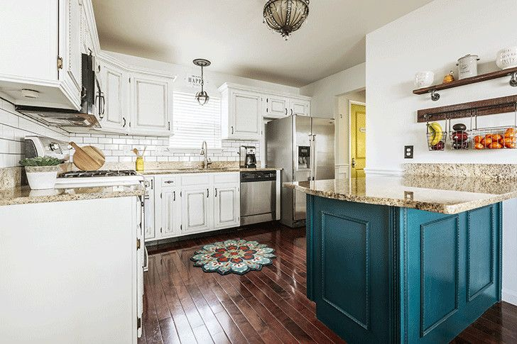 These Are The Worst Kitchen Trends Of All Time Kitchen Design Small Quirky Kitchen Small Kitchen Layouts