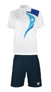 Tennis outlet con vastissima selezione di polo, t-shirt, pantaloncini, gonne, tutte, felpe delle linee TTK, il produttore italiano di abbigliamento innovativo