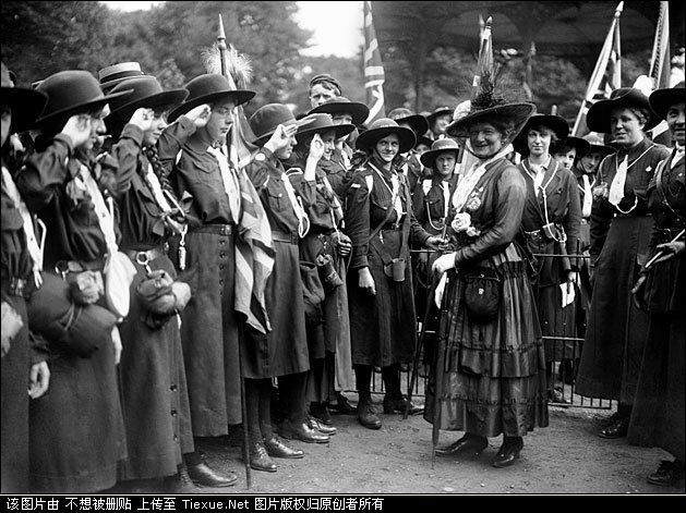 English In Italian: British Girl Guides During WW1 (1914-1918) With Queen Mary