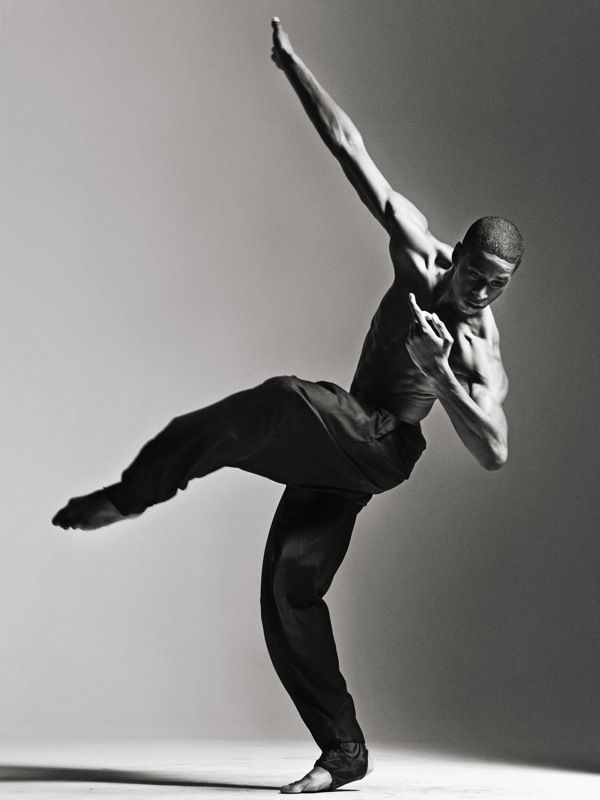 Josh Johnson / Alvin Ailey Dance / photo: Sebastian Kim