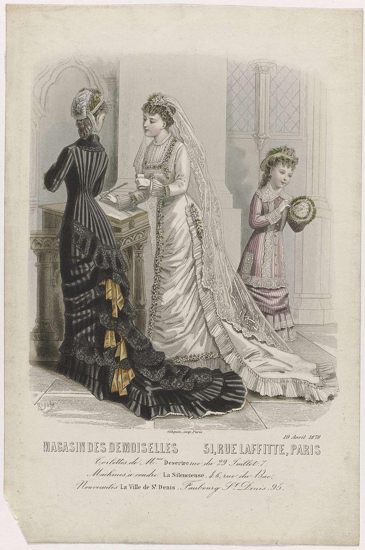 Rigolet | Magasin des Demoiselles, 10 avril 1878 : Toilettes de Mme Desertre..., Rigolet, Gilquin, 1878 | Twee vrouwen, van wie één op de rug gezien, en een meisje in een kerk. De bruid draagt een bruidsjapon met een geplooide rok en lange sleep en een sluier. De andere vrouw draagt een japon met strepen, ruches met een sleep.  Het meisje draagt een roze japon met een strakke mantel met kant en knopen.Volgens het onderschrift zijn de japonnen van Desertre. Hieronder een regel reclametekst…