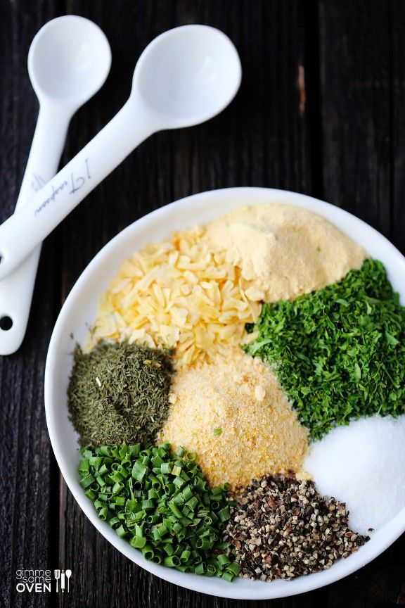 Ranch Dressing Mix  Ingredients        1/3 cup dry buttermilk (**see note below**)      2 Tbsp. dried parsley      1 1/2 tsp. dried dill weed      2 tsp. garlic powder      2 tsp. onion powder      2 tsp. dried onion flakes      1 tsp. ground black pepper      1 tsp. dried chives      1 tsp. salt