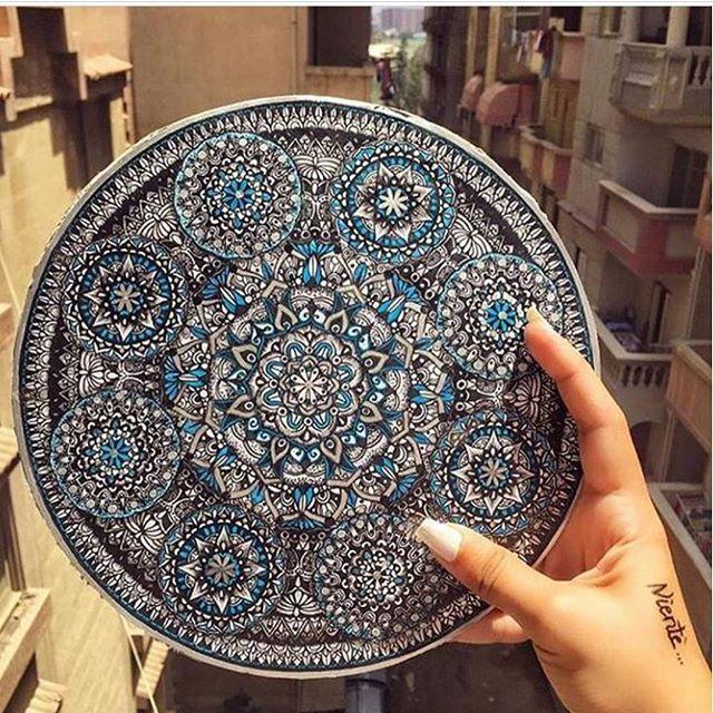 Amazing Mandala By @marwamazarr _ @artshelp