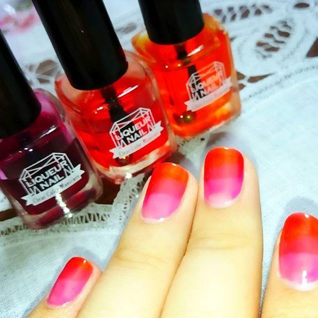 ネイルチェーンジ! ピンク・赤・オレンジ のグラデーション! 土日はこの色のままで遊ぶぞー! #セルフネイル #ポリッシュネイル #キャンドゥ #リキュールネイル #グラデーションネイル