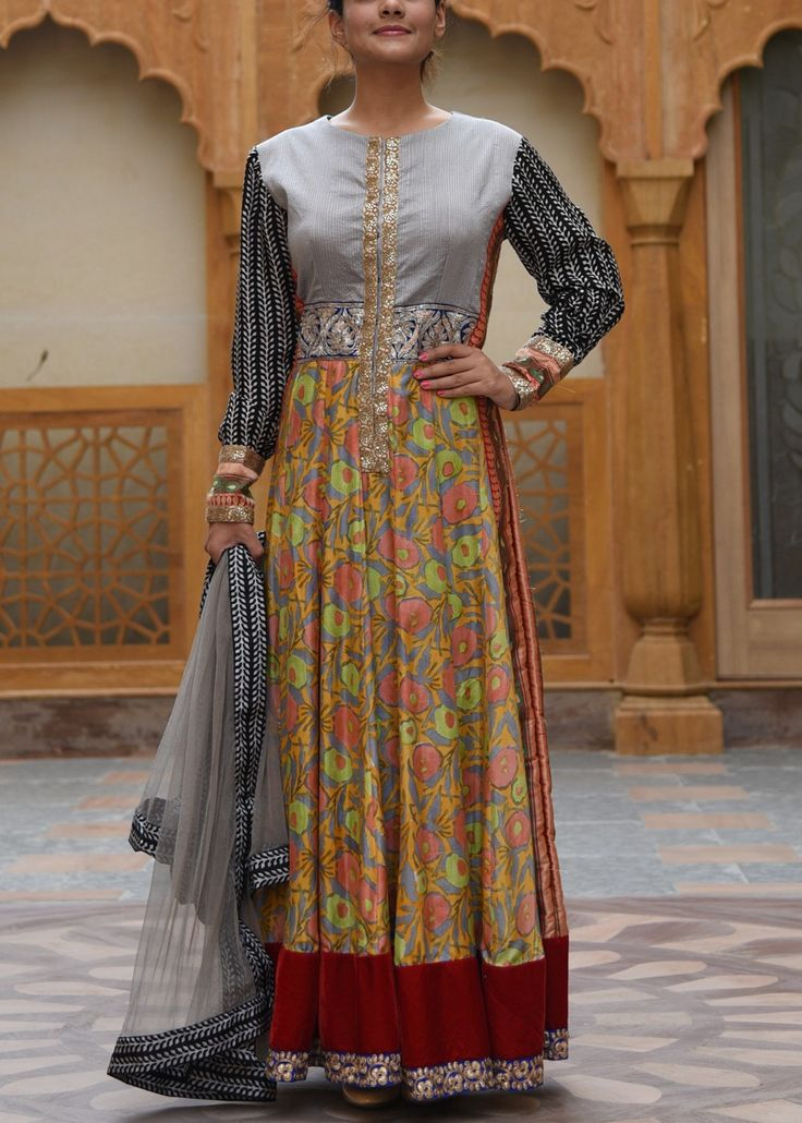 Multicolor-Crepe-Salwar-Suit-VASOL043006 #Vasansi Jaipur www.vasansi.com