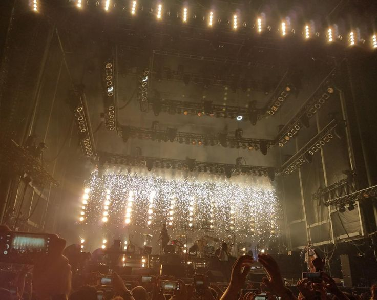 🔍 Get this free picture People Inside Building With Lights Watching Concert    🆗 https://avopix.com/photo/35252-people-inside-building-with-lights-watching-concert    #fountain #light #web #spider web #structure #avopix #free #photos #public #domain