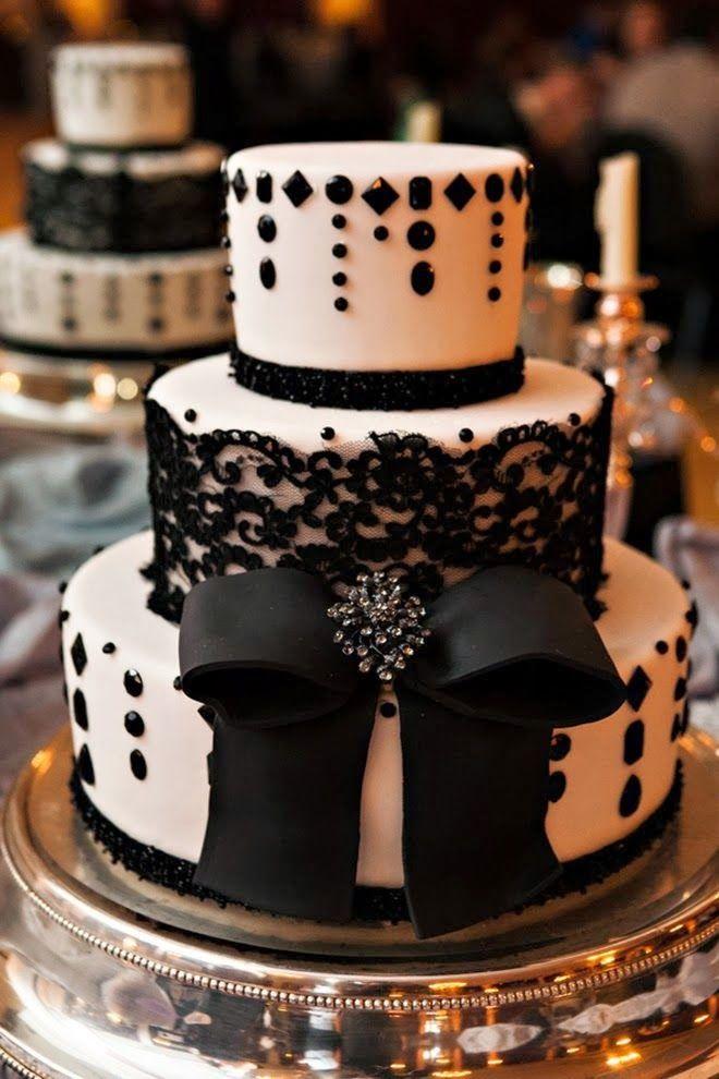 Cakes we love - black lace