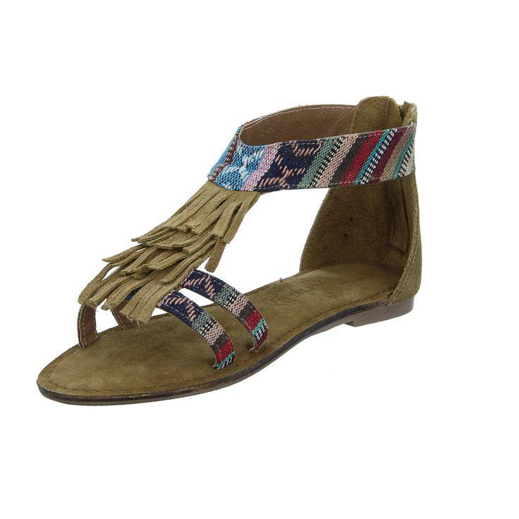 www.schuh-mann.de // Tamaris Sandalette im Sale 29,00€ -https://www.schuh-mann.de/Damenschuhe/Damen-Sandalette-Beena.html - Diese Fransen sind ein absolutes Muss, wenn du ein Fan von Boho und Indian-Style bist!