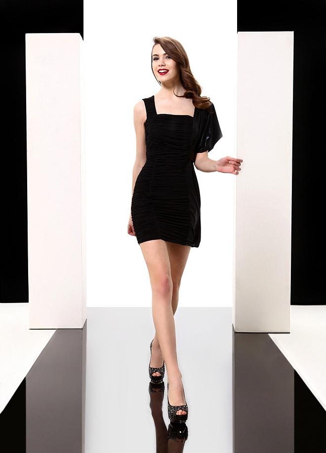 Jus de Pommes Tek kol crash elbise Markafoni'de 149,99 TL yerine 59,99 TL! Satın almak için: http://www.markafoni.com/product/3616581/