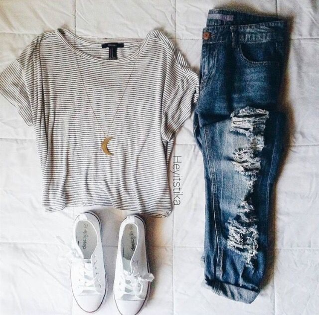 Relaxed Sunday outfit