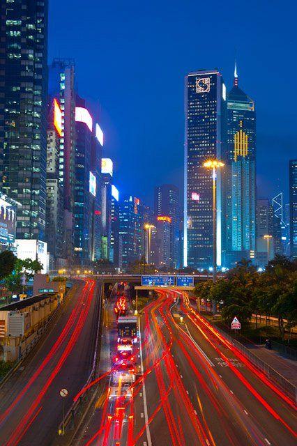 Rush Hour, Hong Kong www.mikehollman.com