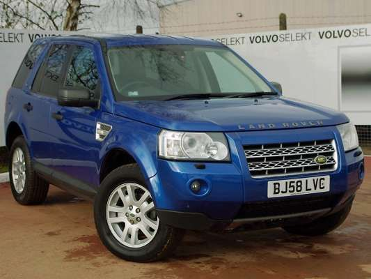 Used 2008 (58 reg) Blue Land Rover Freelander 2.2 Td4 XS 5dr for sale on RAC Cars