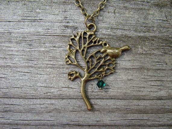 mama bird - custom antique gold necklace with 1 birthstone. $17.00, via Etsy.: Birds Custom, Custom Antiques, Mama Birds, Gold Necklaces, Antique Gold, Antiques Gold